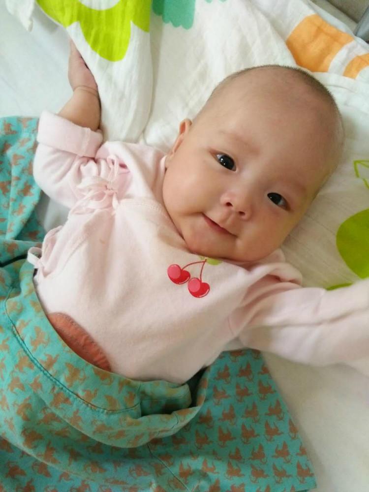 8个月大小孩照片可爱